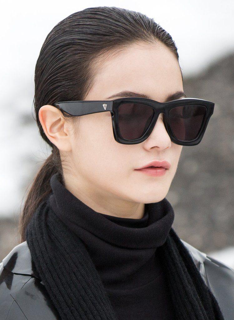 DBII Black Zero by Valley Eyewear-OPTICA GRAN VIA BARCELONA