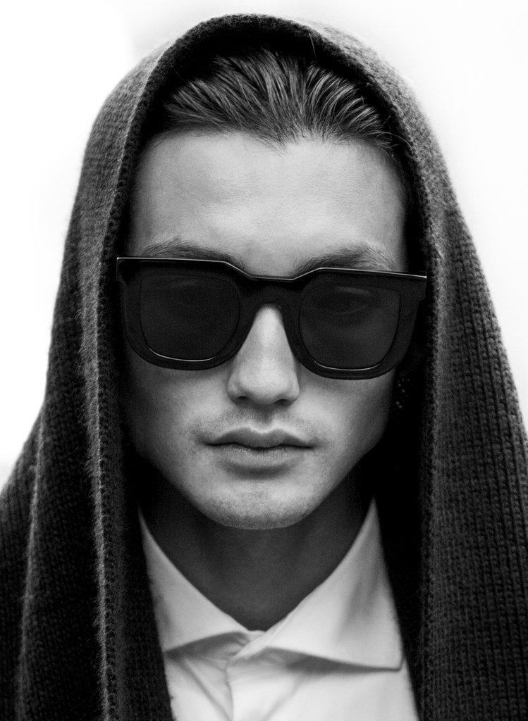 Mastoid Black Zero by Valley Eyewear-OPTICA GRAN VIA BARCELONA