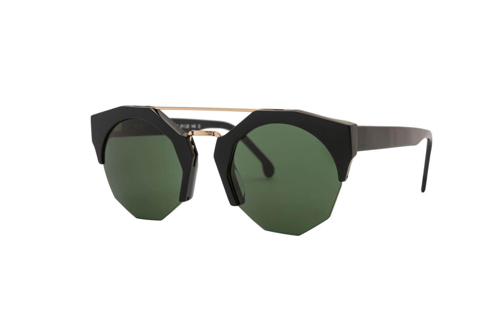 776b2d15bb Italian sunglasses-Óptica Gran Vía Barcelona