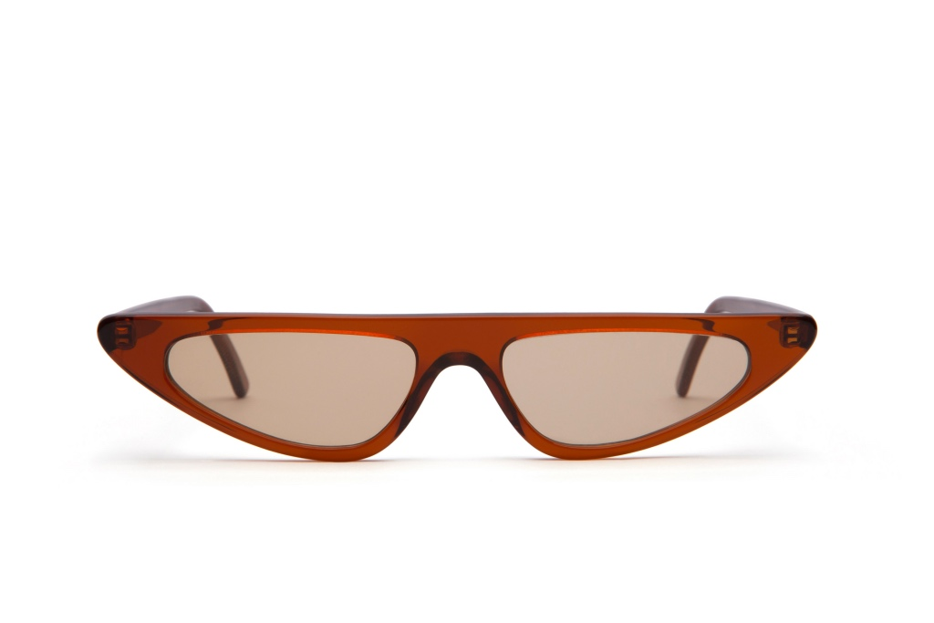 Gafas de sol de colores 7/18 by basique eyewear -Óptica Gran Vía Barcelona
